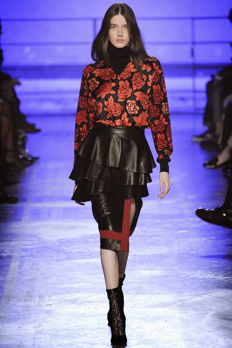 Emanuel Ungaro Fall and Winter 2014-2015 Runway Show Part 2