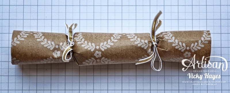 How to decorate your handmade Christmas crackers