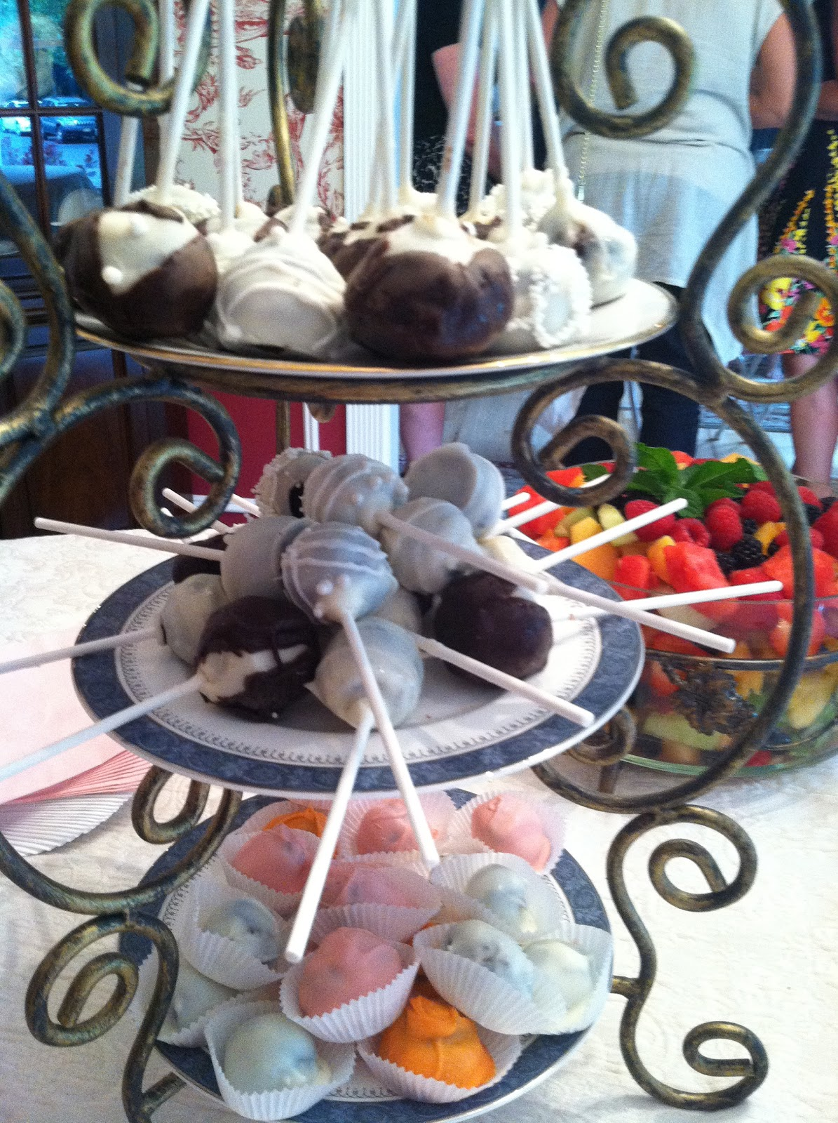 Mint Flavored Cake Pops
