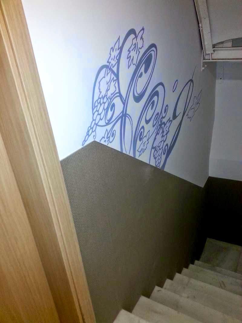 Como pintar las paredes de una escalera interior gallery - Pintar paredes blancas ...