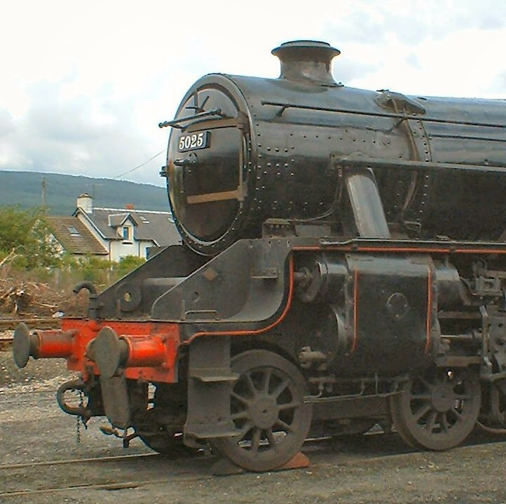 5025 The oldest surviving LMS Black 5