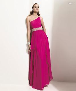 2011in En %25C5%259E%25C4%25B1k Abiye Elbise Modelleri 7 2012 Nişanlık Modeller