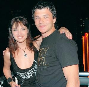 Още преди първия му брак с Жени Калканджиева да е приключил, Стефан Манов върви към втората си сватба.