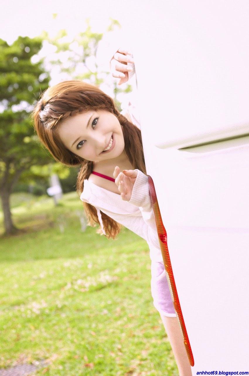 nozomi-sasaki-00633672