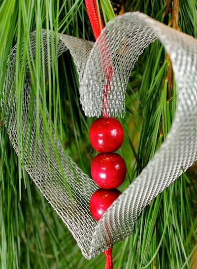 Ashbee design diy christmas ornament heart