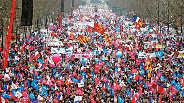 Manif pour tous, Paris 2014, o 'casamento' homossexual estimulou formidável reação moral familiar.