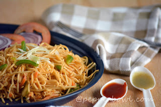 Serve Szechuan Noodles hot with tomato sauce