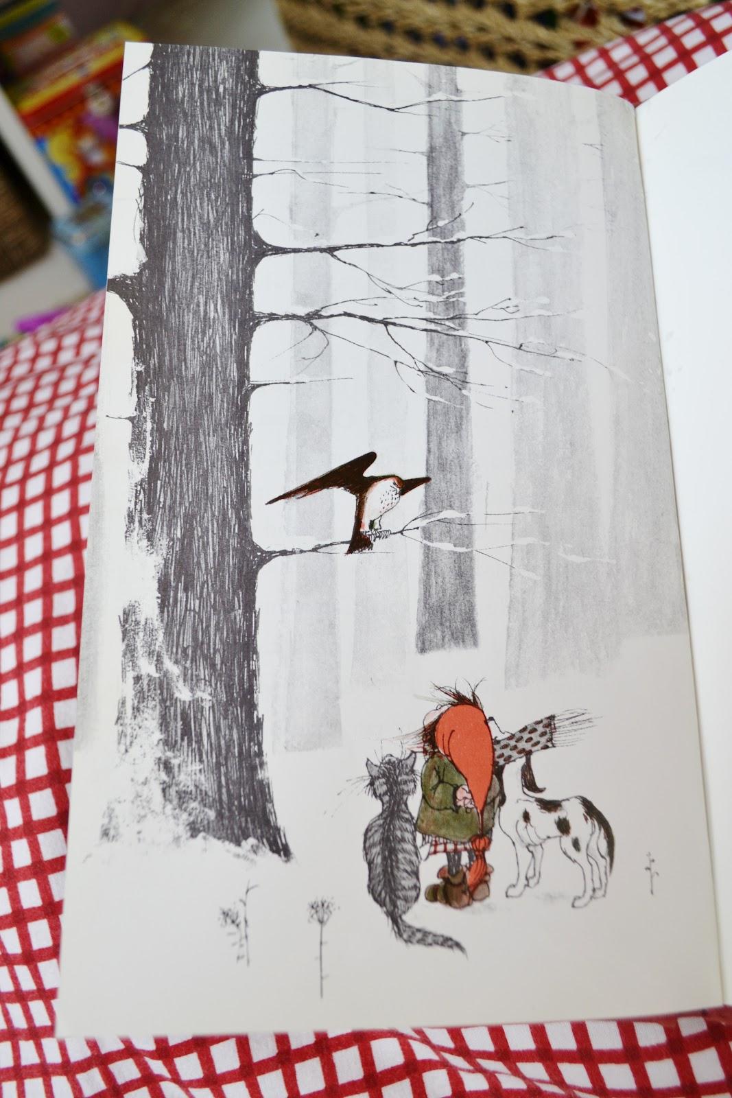 Julia\'s Bookbag: Christmas in July