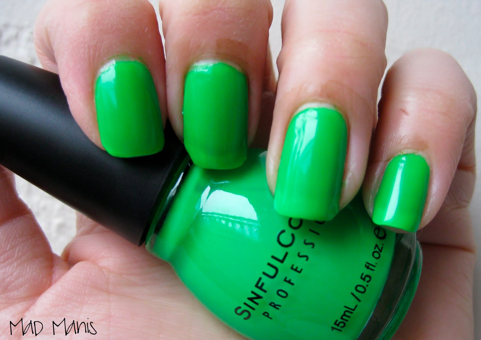 MaD Manis: The Wearin\' O\' The Green