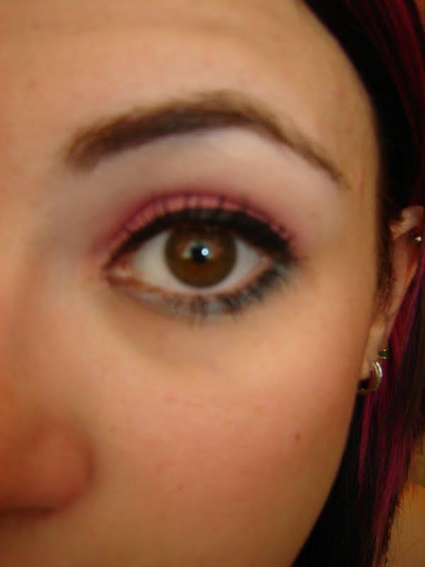 WaR Pa!Nt LuV: Todays Look Yellow-Orange Cat Eyes