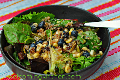 Salad with Quinoa and Blueberry Balsamic Vinaigrette