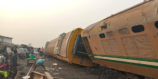 BREAKING: Many trapped as train derails in Lagos