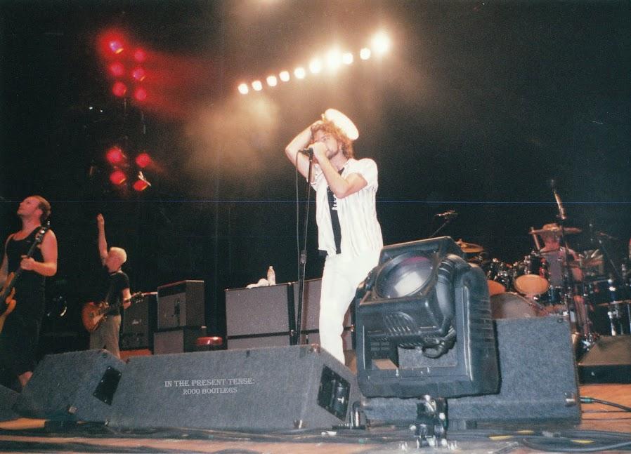 Pearl Jam Bootlegs 2000