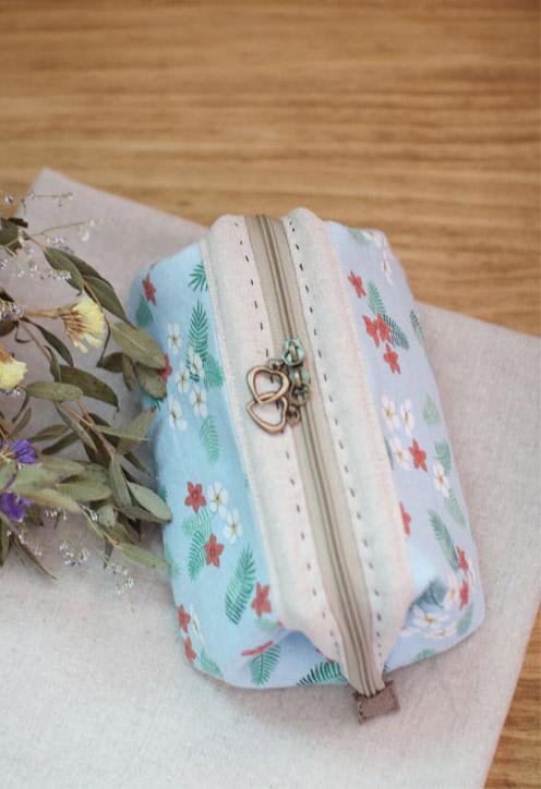 Makeup bag sew