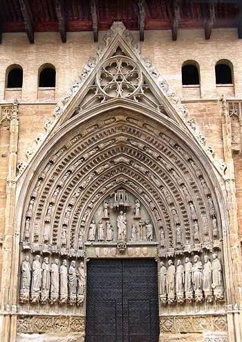 Huesca rutas y lugares la catedral de huesca - Casa rufino bolea ...