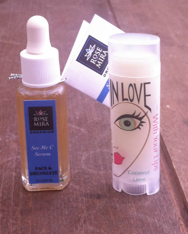 Blissmo Box Review - Naturally Hers - August 2012 Unboxing