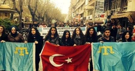 Турция не позволит РФ притеснять крымских татар