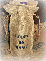 Burlap wine bottle cover