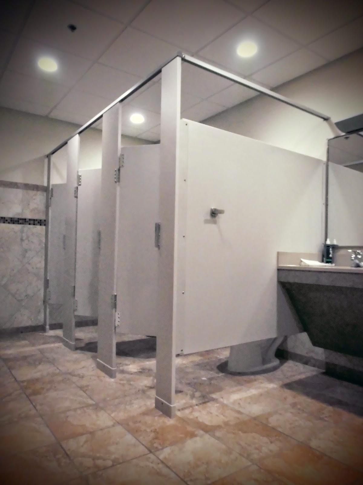 Frenchy aux Etats-Unis: Courte histoire de toilettes