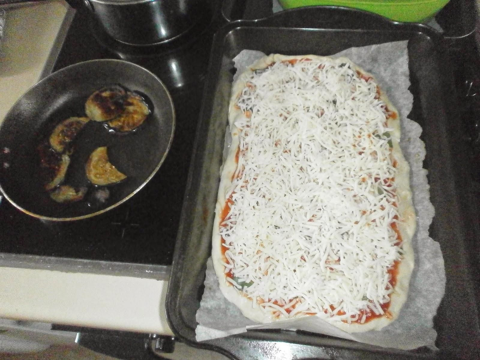 the sicilian cuisine blog homemade pizza alla norma definitely the