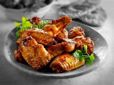 Alitas de pollo con miel al horno