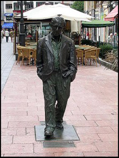 Estatua Woody Allen