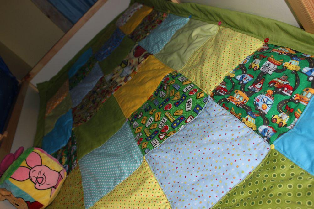 Как сшить покрывало на кровать в детскую своими руками 93