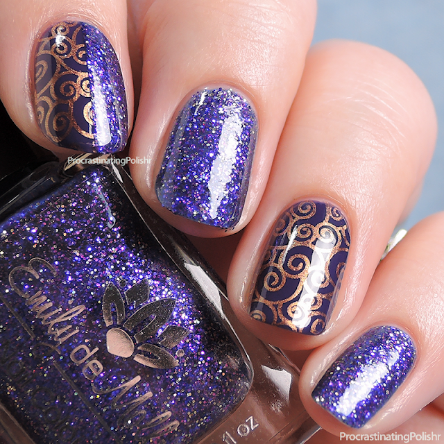Swirl nail art - Emily de Molly, Gracefull, LilyAnna LA06