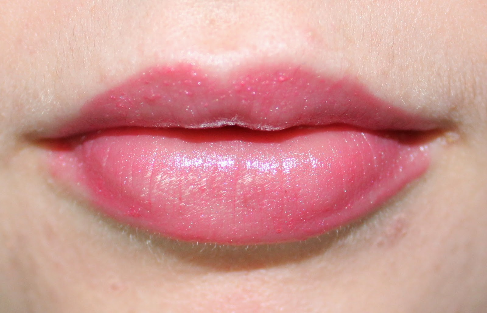 The Body Shop Colour Crush Shine Lipstick in 03 Pink Charming on Lips