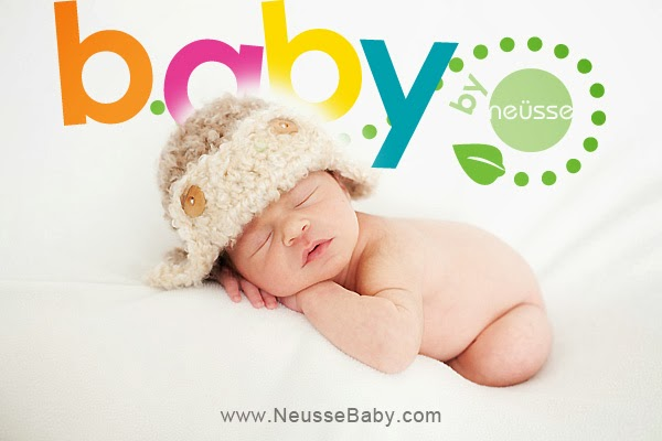 Newborn baby portrait by Neusse PHotography
