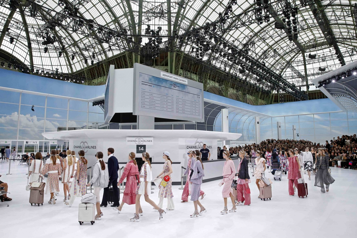 Eniwhere Fashion - Paris Fashion Week - Chanel Airport