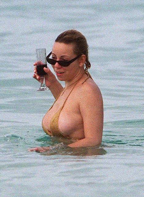 Mariah Carey Bikini Pics