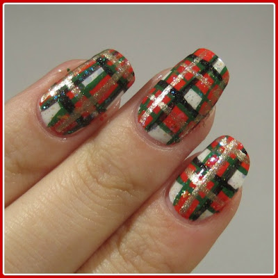 Christmas Nails | PLAID