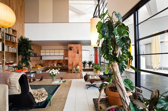 le strict maximum nouveau son de cloche. Black Bedroom Furniture Sets. Home Design Ideas