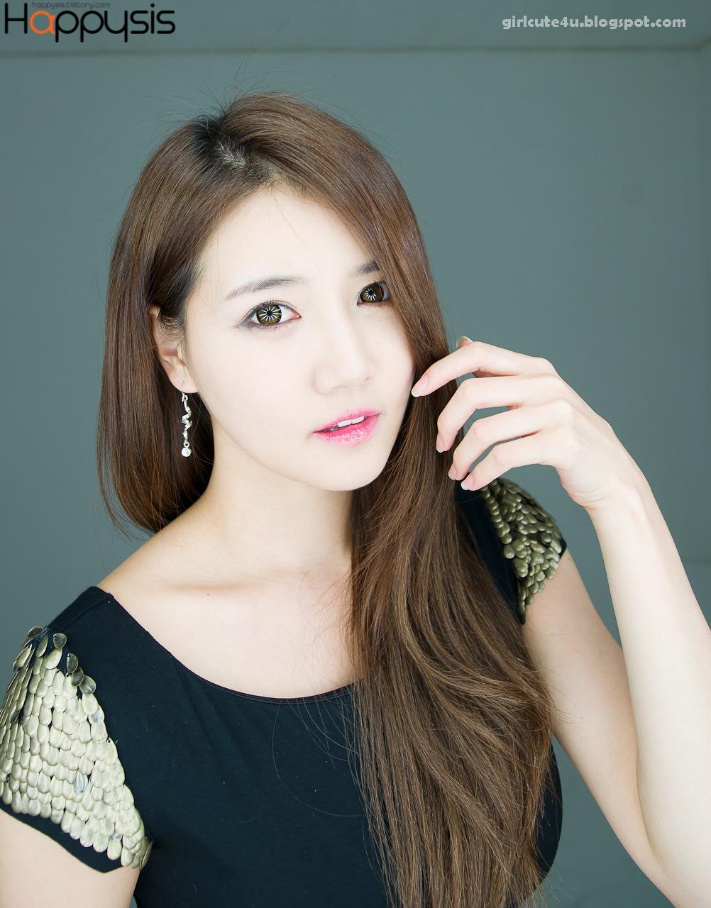 xxx nude girls: Lee Eun Hye in Black