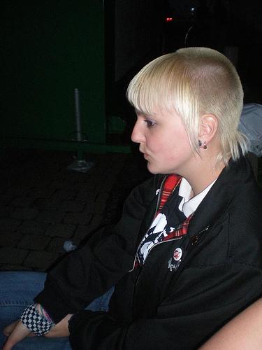 Renee skinheadgirl