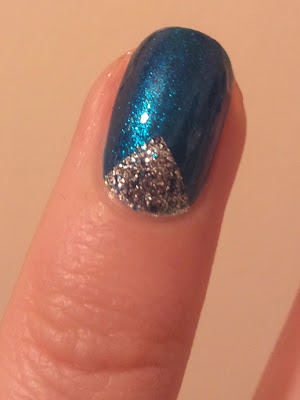 Sally Hansen Winter Tape Mani