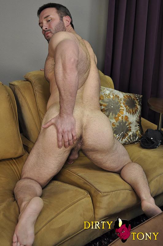 Muscle Hunk Brock Landon And His Hot Ass