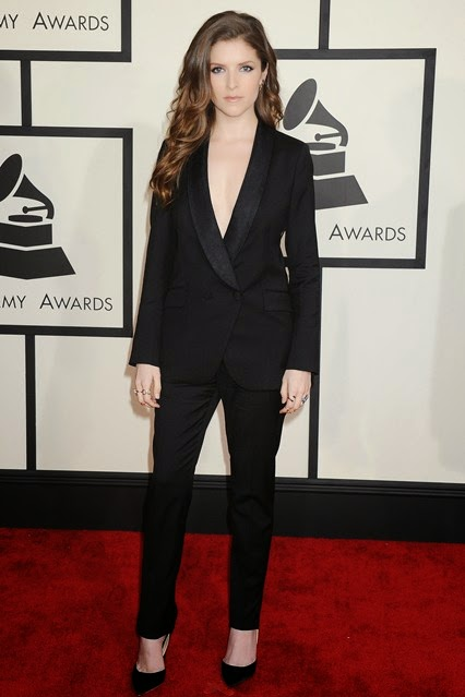 Anna Kendrick in Band of Outsiders suit and jimmy chop heels