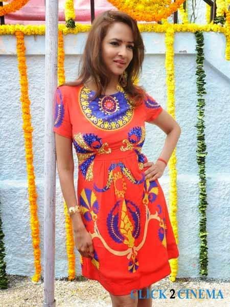 Manchu Lakshmi New Photos and Stills