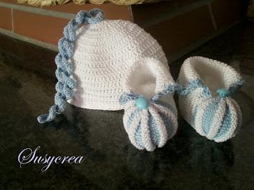 cappellino e scarpine in filo
