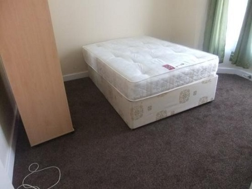 House Share in Shepherds Bush