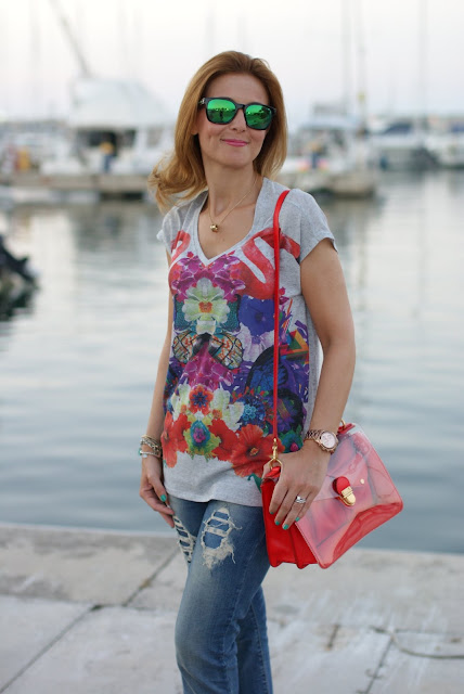 Maglia who's who, flamingo blouse, Marc by Marc Jacobs transparent bag, Fashion and Cookies