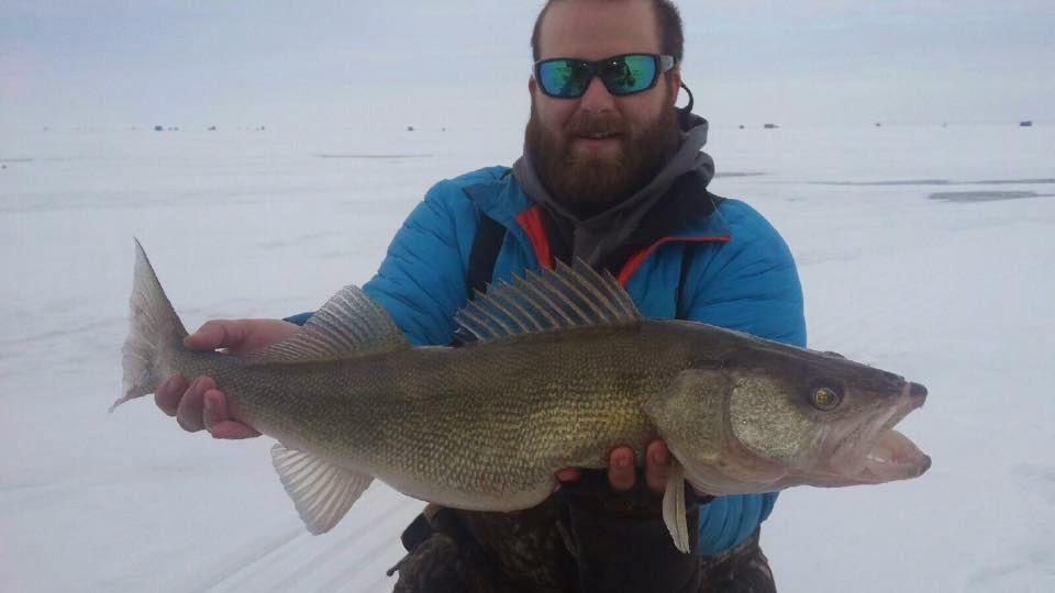 Ohio fishing source walleye fishing through the ice for Ice fishing for walleye