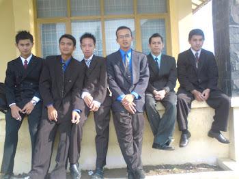 Rekan Seperjuangan:Lulusan Angkatan 2009 Jurusan Pendidikan Bahasa dan Sastra Indonesia STKIP Garut