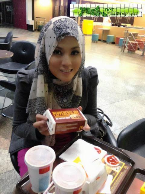 Shila Amzah Dikritik Peminat Kerana Burger Mc D