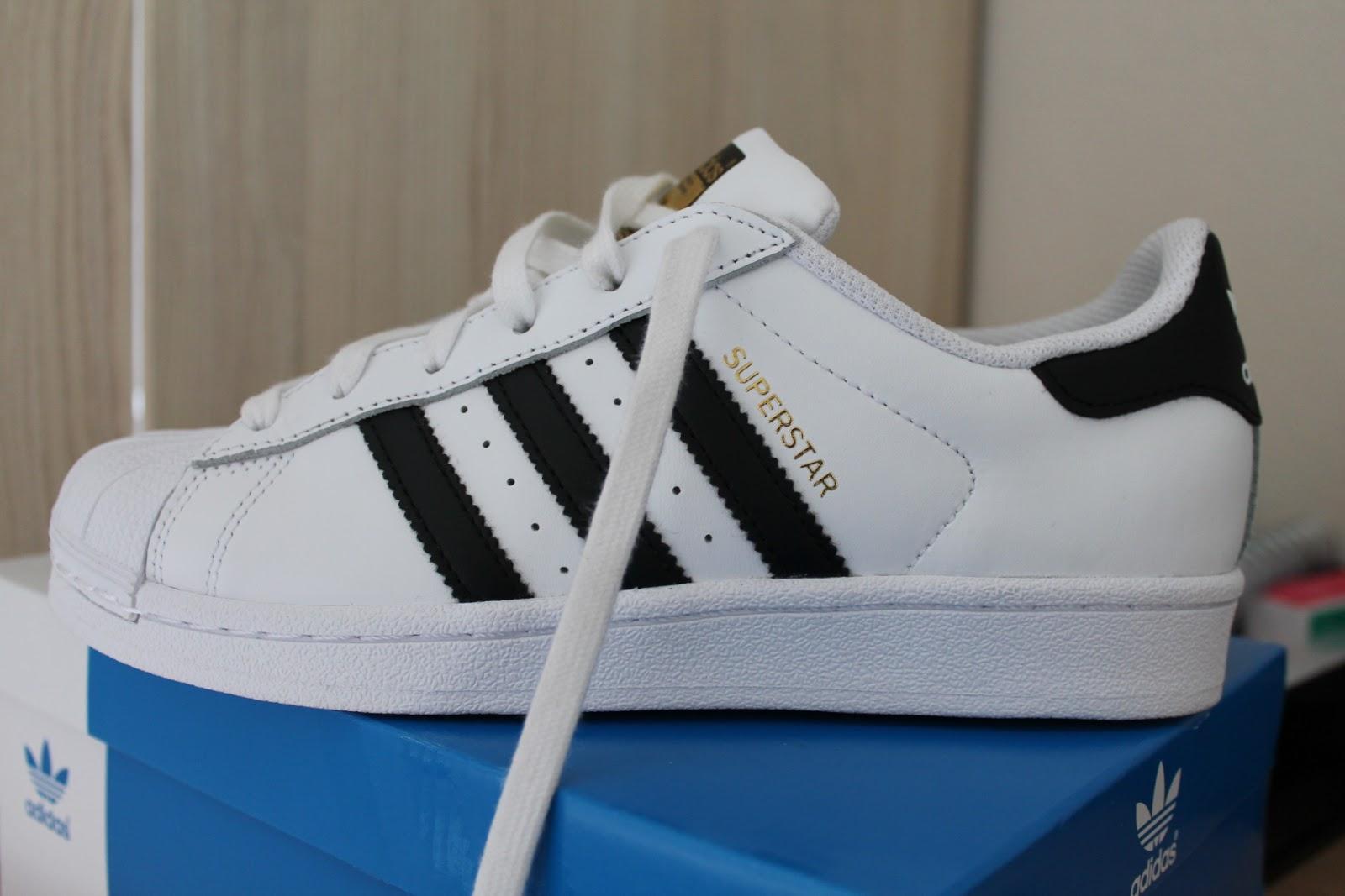 kunnen adidas schoenen in de was