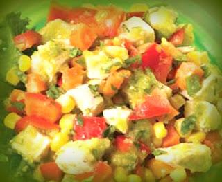 Ensalada de pollo y tomatillo