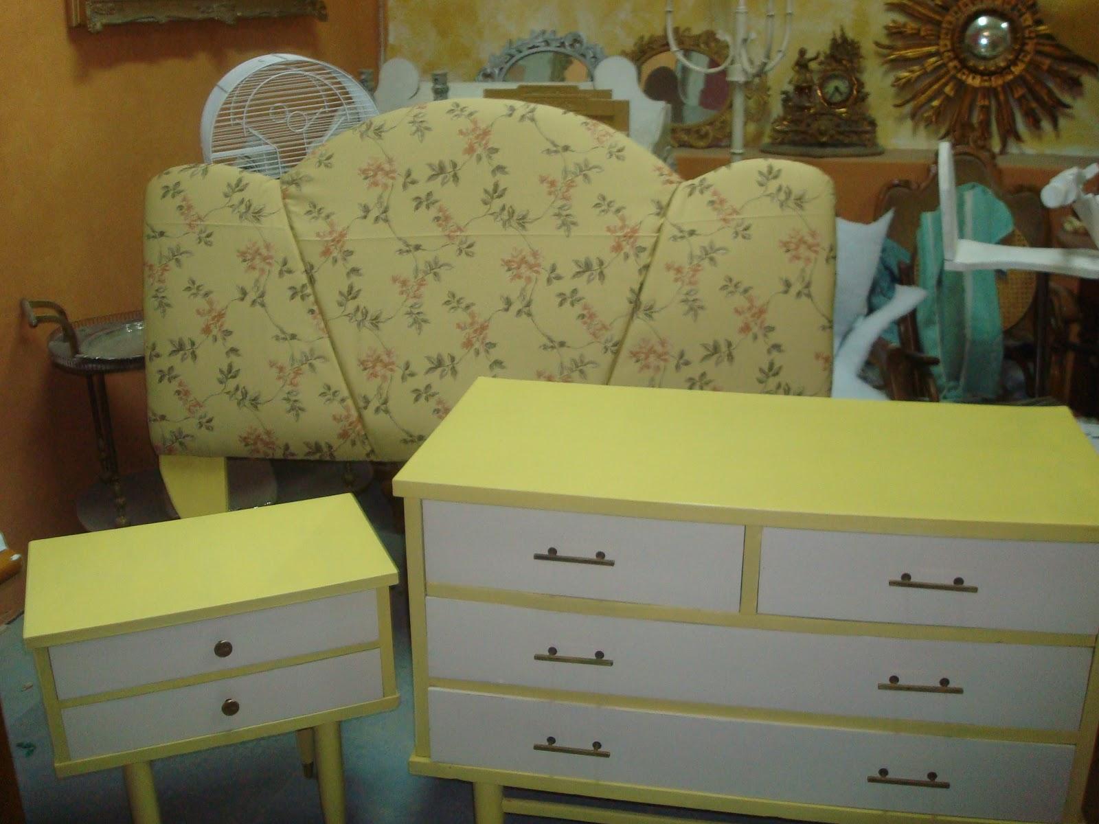 Muebles retro pintados en colores natillas - Muebles de colores pintados ...