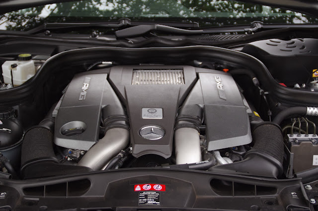 Mercedes E63 AMG S engine